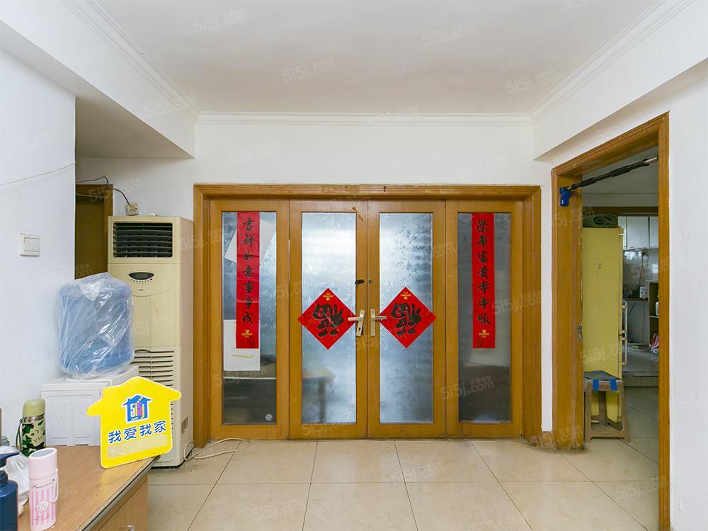 定慧寺,恩济庄82号院,新上大三居,满五年公房,有电梯