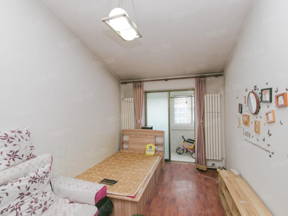 窦店沁园春景一居室,南北向54平,只有契税随时看房