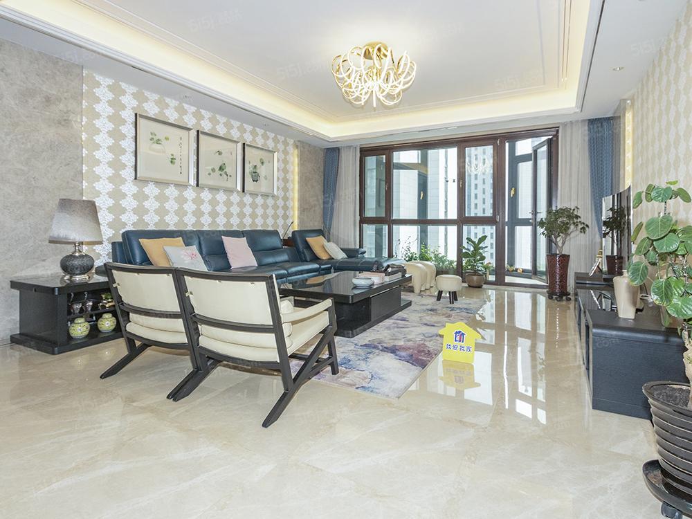 臻园,精装南北四居室,格局方正,温馨舒适,诚意出售