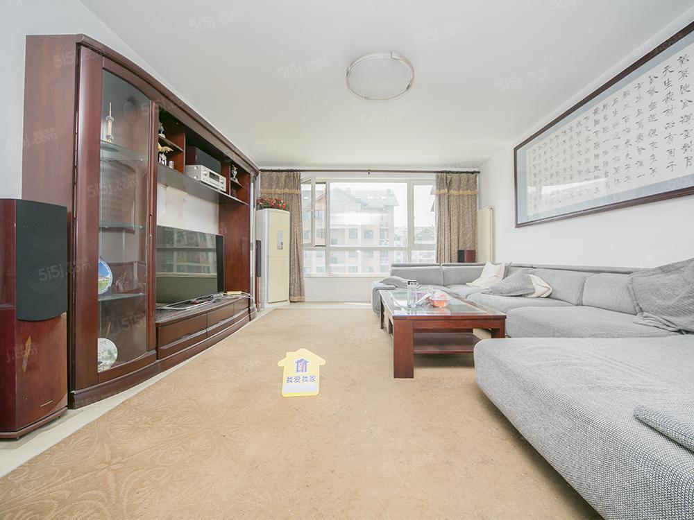 奥园三期 南北三居室 满五一套 直通车库 可给换房周期