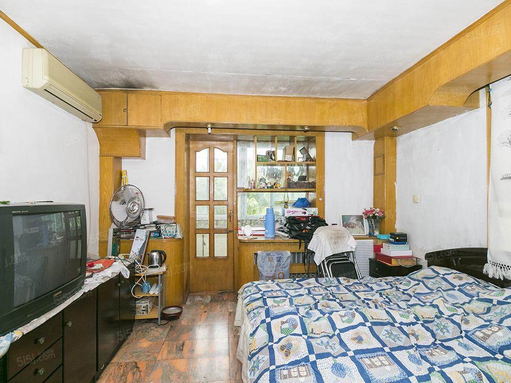 西城区二环内建功北里单价7.2万大两居室