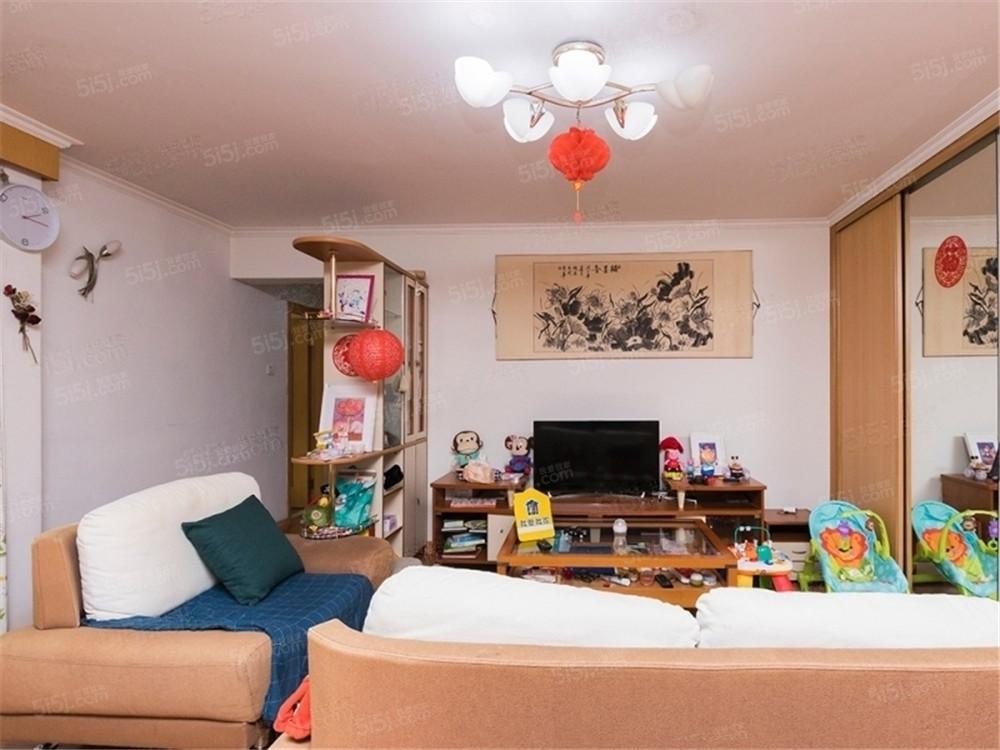 西三环,莲香园小区,大两居室,家具家电齐全,看房有钥匙