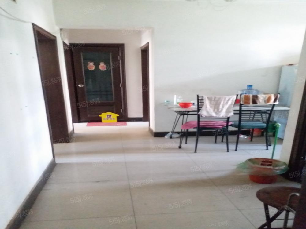 金水家园10号院,三居室,集中供暖