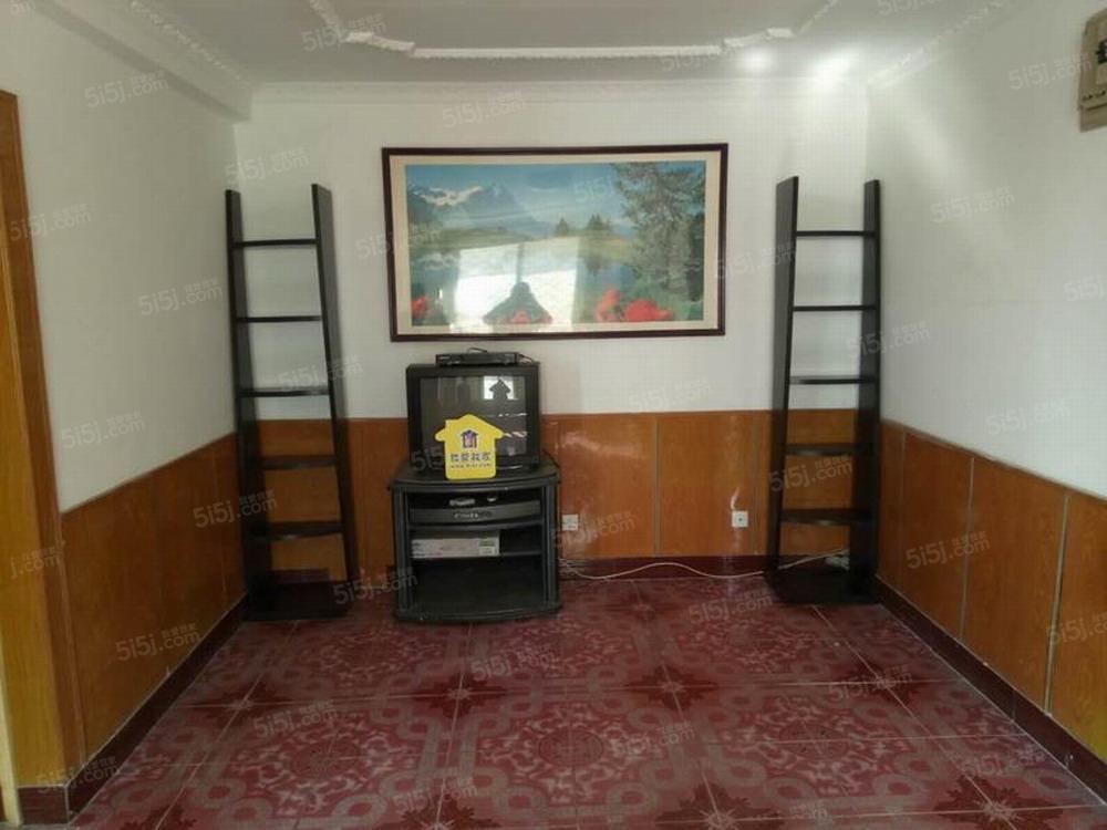 行宫园二里 中间楼层两居室 家电齐全 看房方便