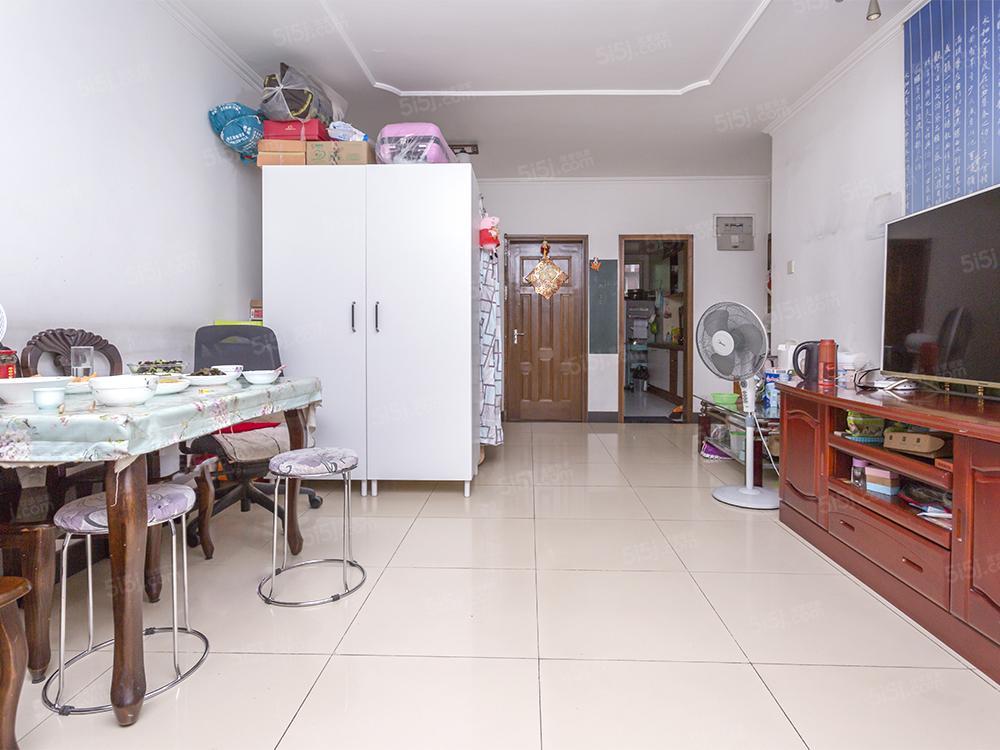 新上怡清园 通透两居室 满五年 近公园