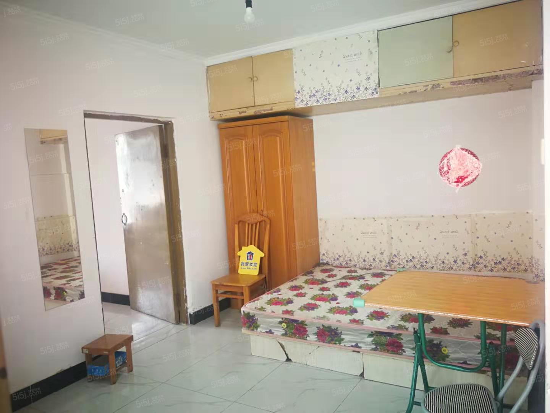 慧忠北里 新上一居室居家装修  看房方便
