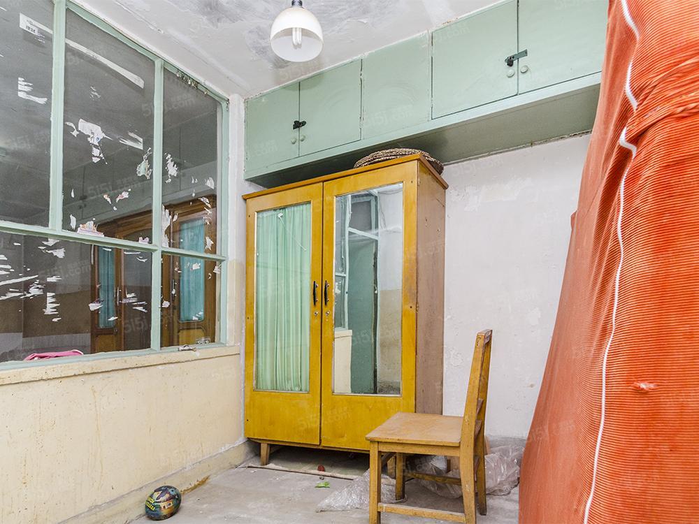 马连洼梅园 首层三居室片区主荐,公房满5年,看房有钥匙
