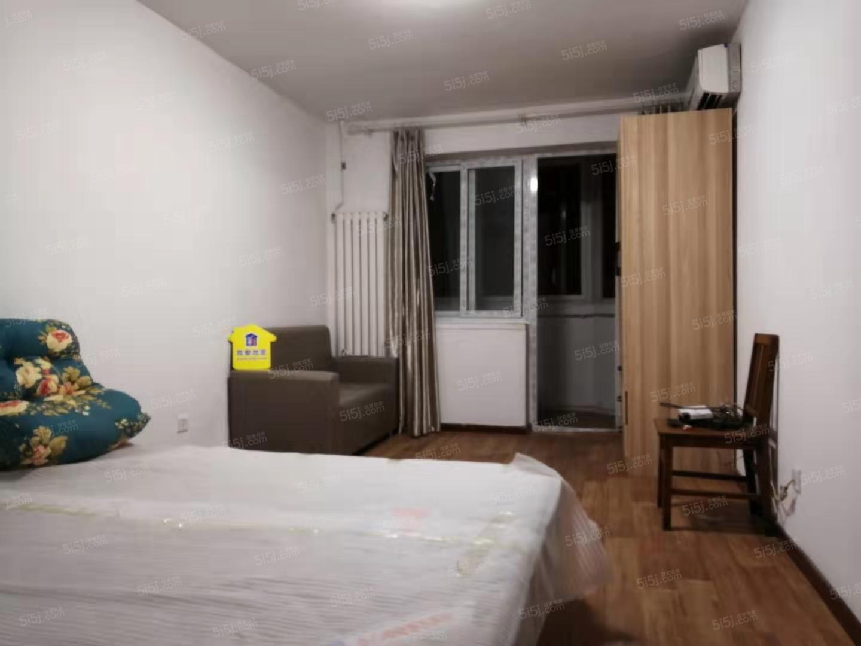 永泰西里新上精装两居室 有钥匙随时能住距离地铁200米