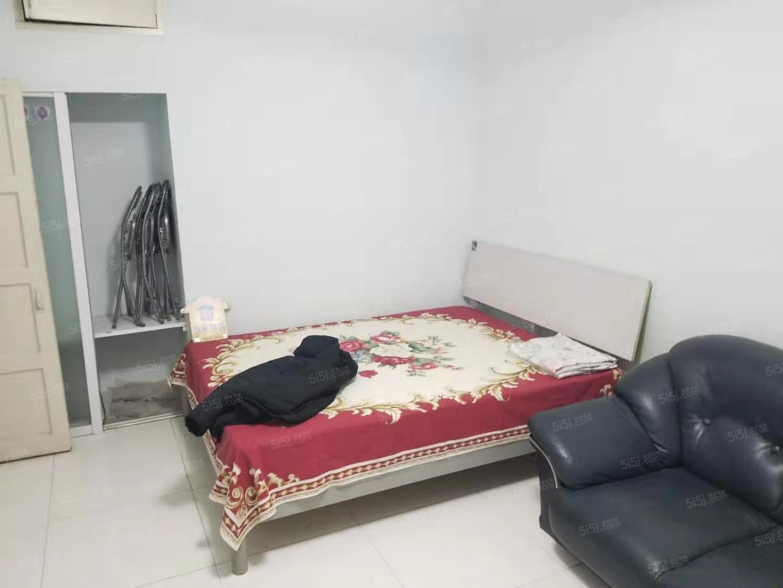 整租军博北蜂窝30号院干净一居室拎包入住看房方便可以长租