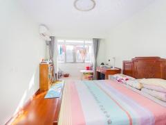 北京我爱我家婚房装修,距一号线0.9公里,三居室