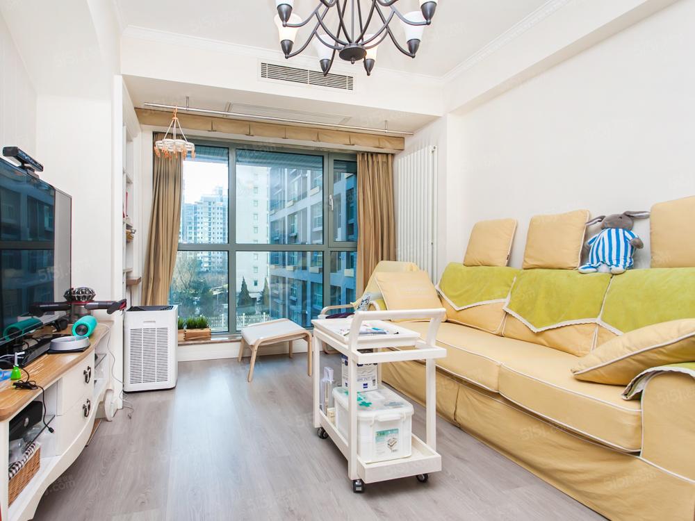 东城区 纯商品社区 精装修 满五年 南向正规一居室