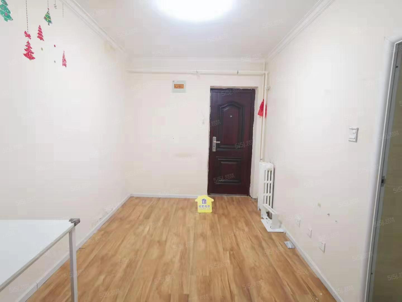 朝阳路 甘露园四惠东地铁口 甘露园南里一区精装一居室