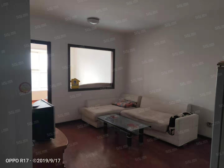 加州水郡南向全套家具家电门口位置采光视野好随时看房