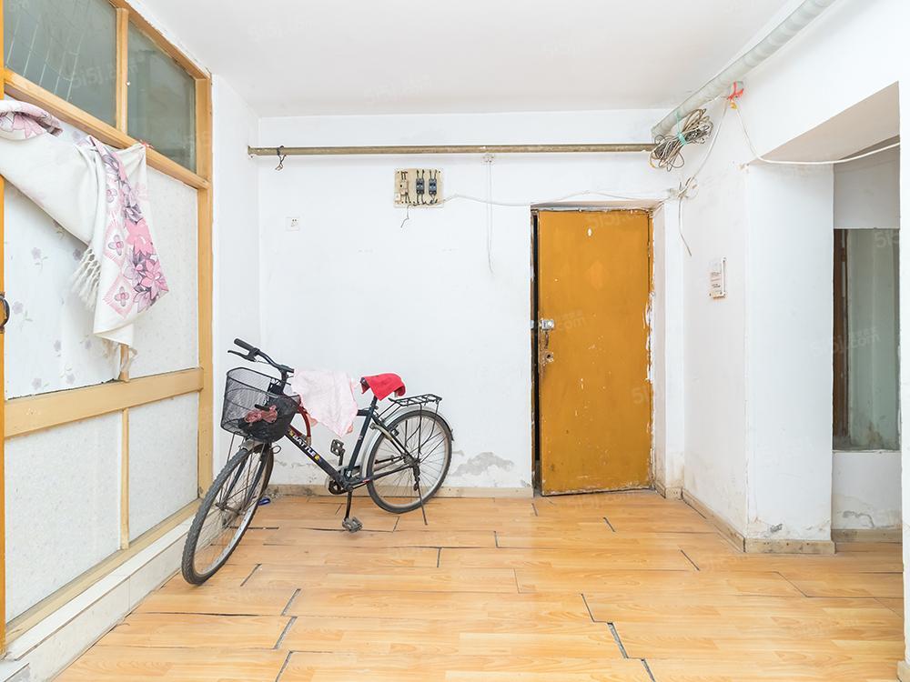 潘家园 松榆里南北通透一居室 满两年 看房方便