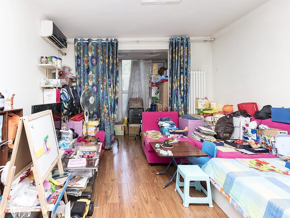 新发地 天伦锦城 大一居 满五年一套 业主诚售