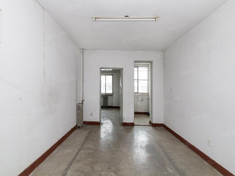 大兴福苑小区 二室 满五年一套 税费低 随时可看房