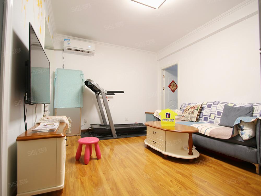 韩建青春志 两居室 看房方便 诚心出售