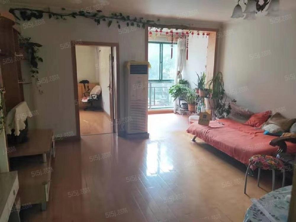 天通苑东三区,精装两居室,干净舒适,随时看房