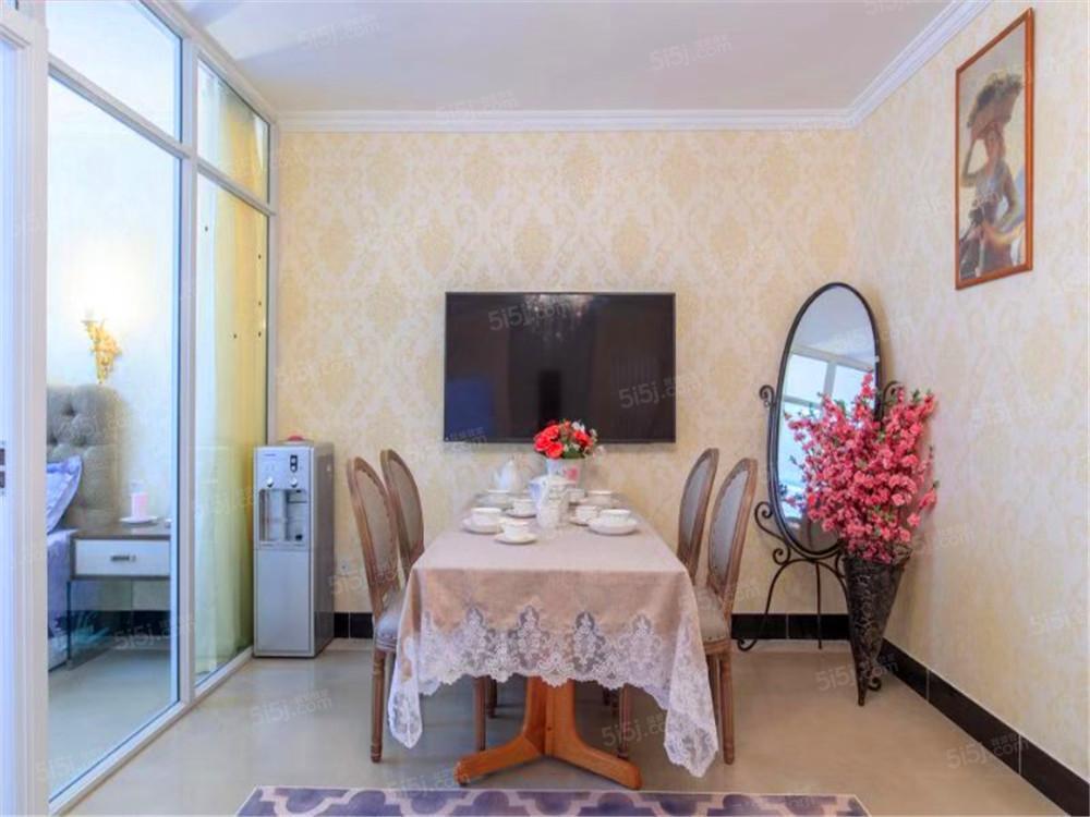 美惠大厦新上中式装修两居室 随时看房 有车位