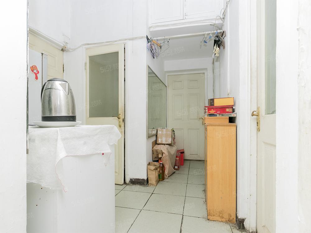 新上双南向2居室,卫生间干湿分离!2层,看房随时!