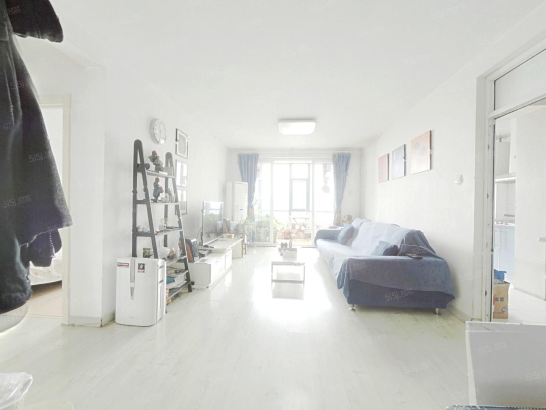 天通苑北一区  地铁附近精装修两居室 随时可看 拎包入住