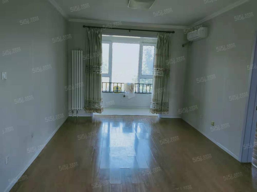 原香漫谷四区  两居室 随时看 有钥匙