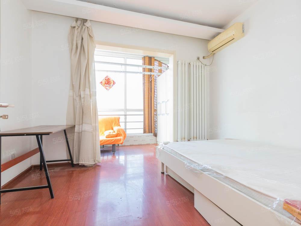 西北向两居室 一居室的价格 使用率高
