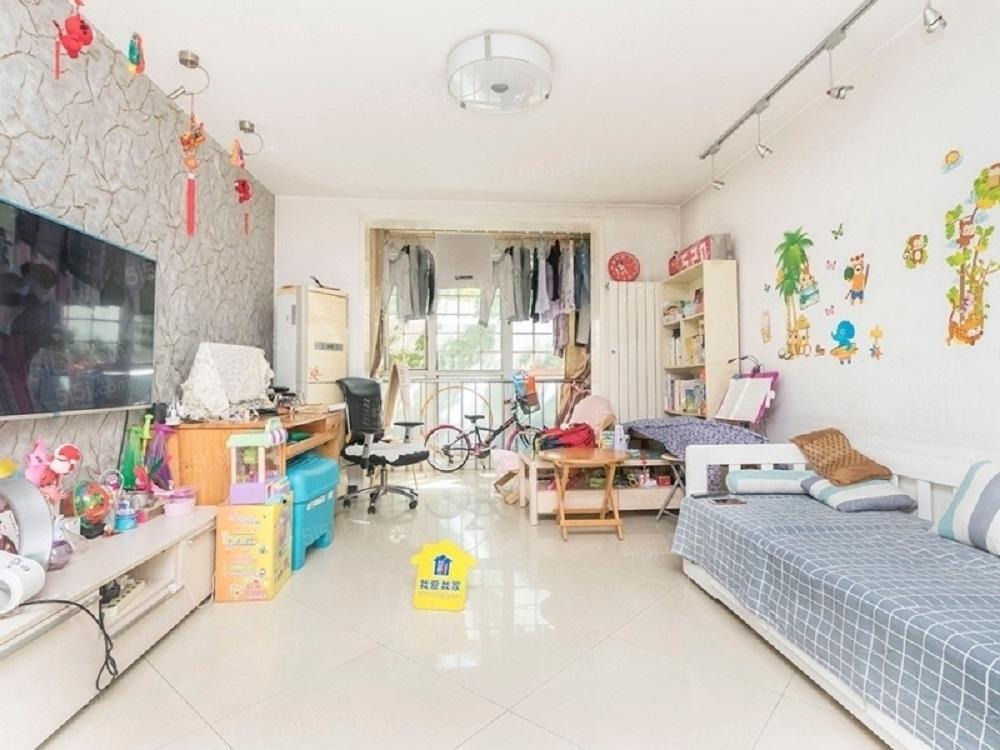 国典华园 北三环 精装两居室 有车位,管理好,安贞门