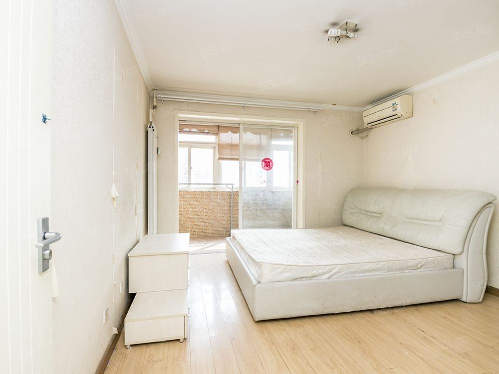 古城地铁附近 低楼层 正规两居室可公积金贷款