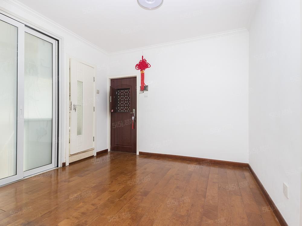 西直门南大街 东西南向 全明格局 三居室 诚心出售