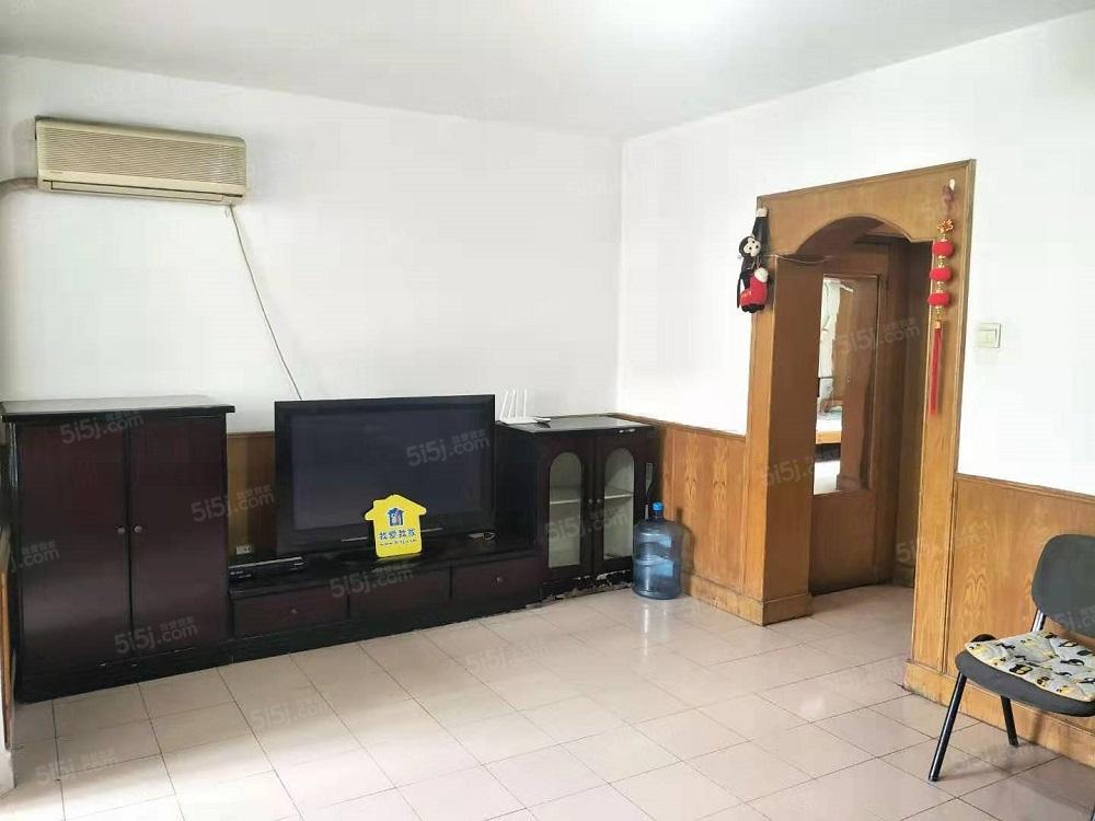 三合南里 精装修两居室 随时看房