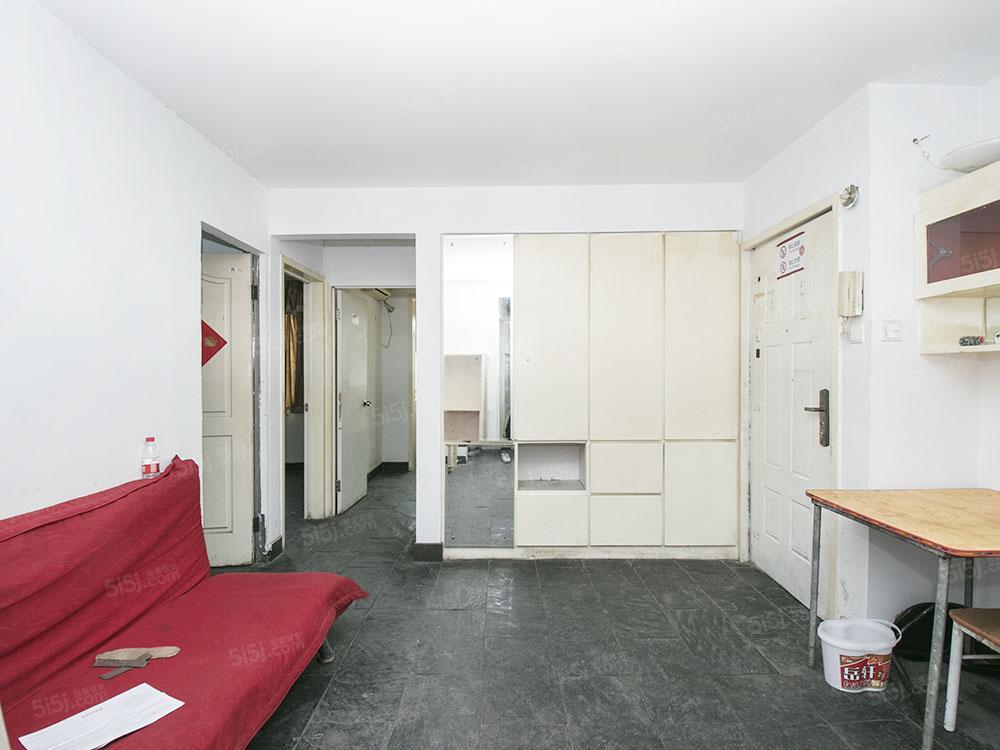 新壁街小区 2004年正规三居室采光好业主诚售随时签约