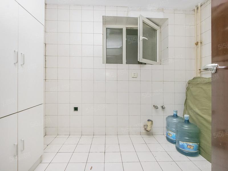 北京我爱我家现代城经典全南俩居室 全明格局 满五年唯壹 安静看小区绿化第4张图