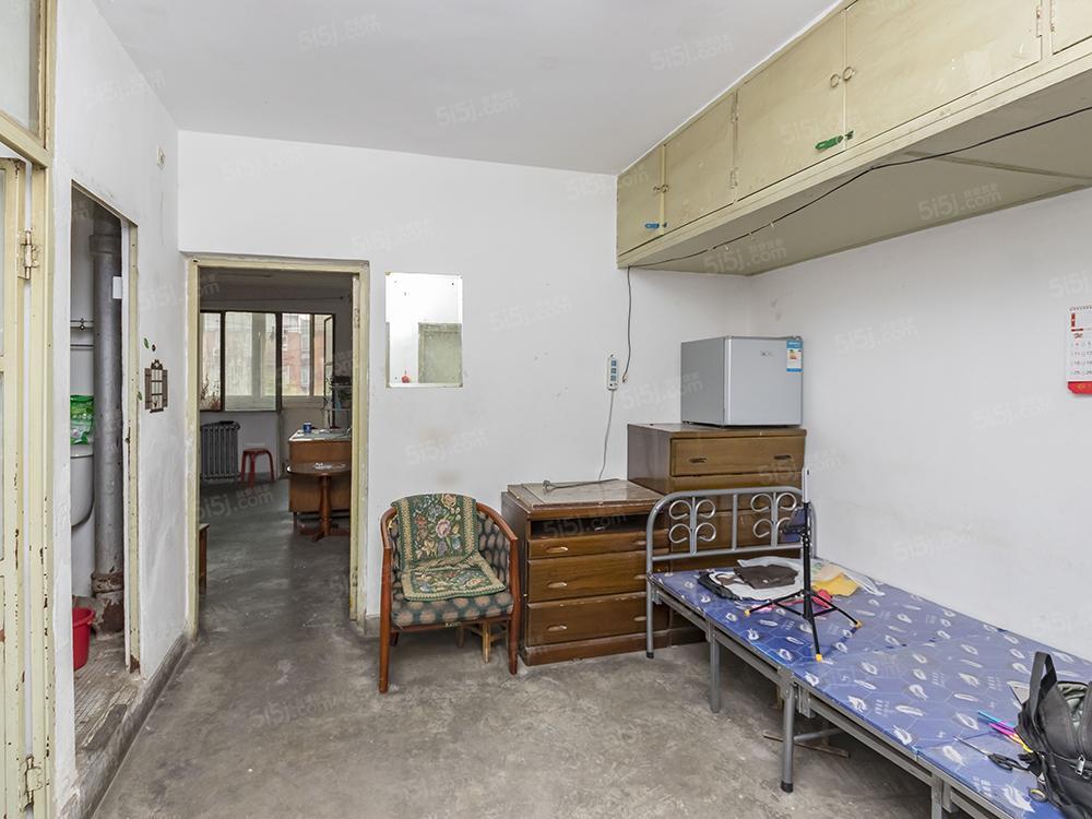南苑北里两居室 看房方便 户型方正 近地铁
