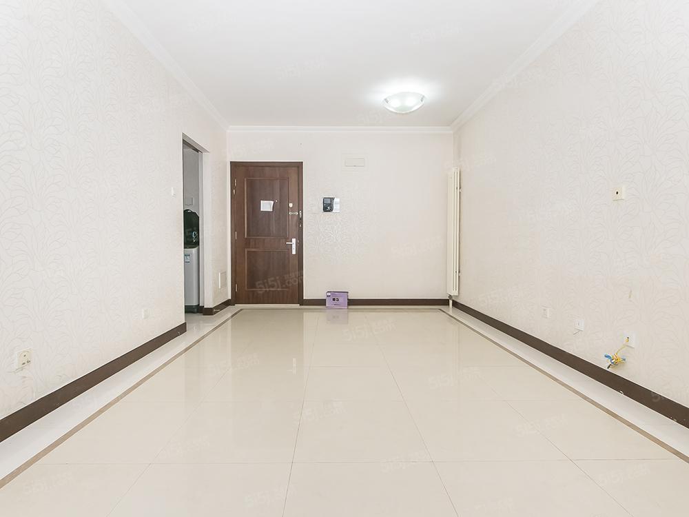 富力城全明格局 ,正规一居室 ,高楼层景观好,满五年唯一