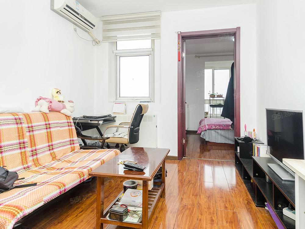 西红门 理想家园 满五年 正规一居室 高楼层