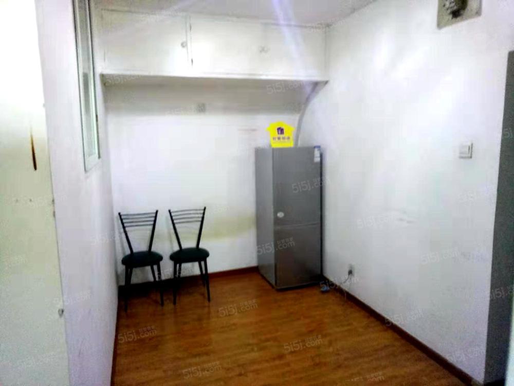 地铁永泰庄 新上南向一居室 精装