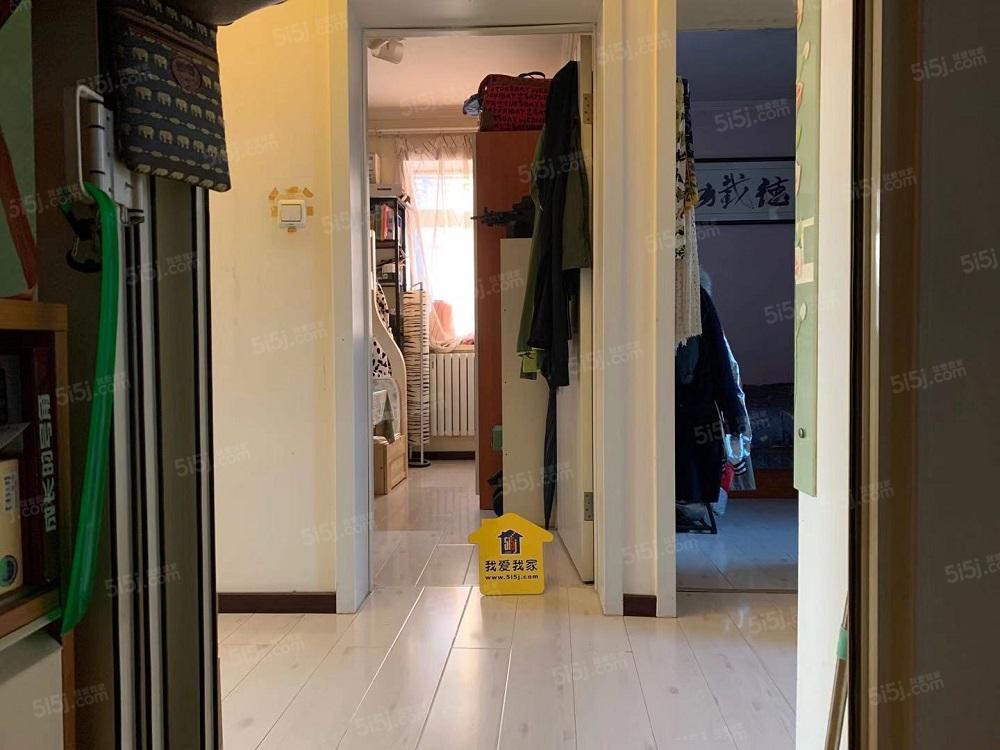 地安门什刹海 帽儿胡同精装3居室 可长租 看房方便