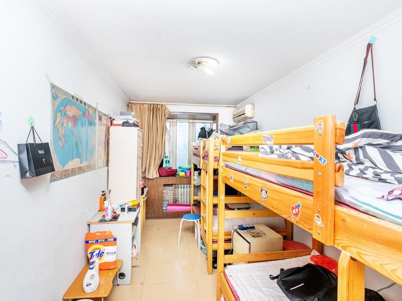 北京我爱我家北一区地铁旁 满五年一套 优质大三居室第2张图