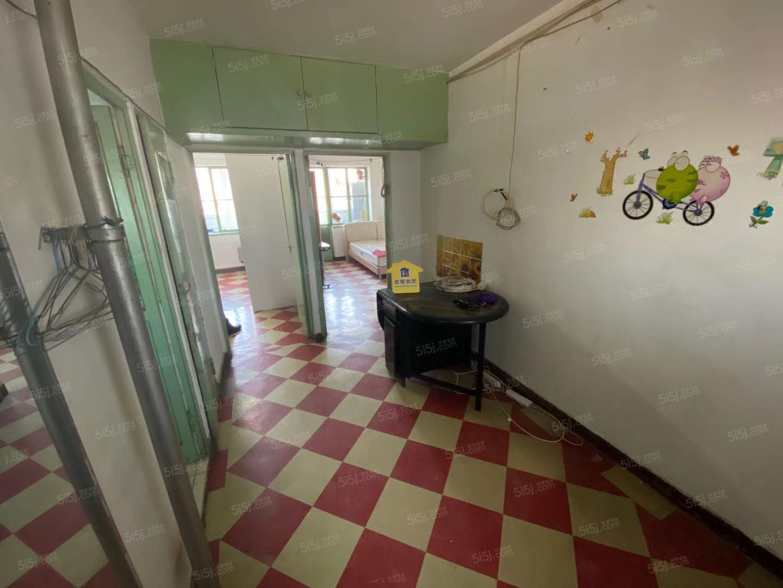 南站附近,洋桥北里小区,精装修两居室,兰芳方便