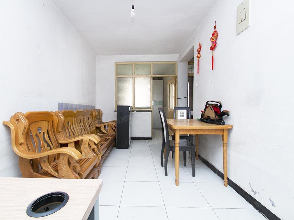 枣园小区 中间楼层 两居室 满五
