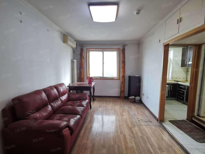 马甸 裕中西里大两居室 带电梯 随时看房 有钥匙