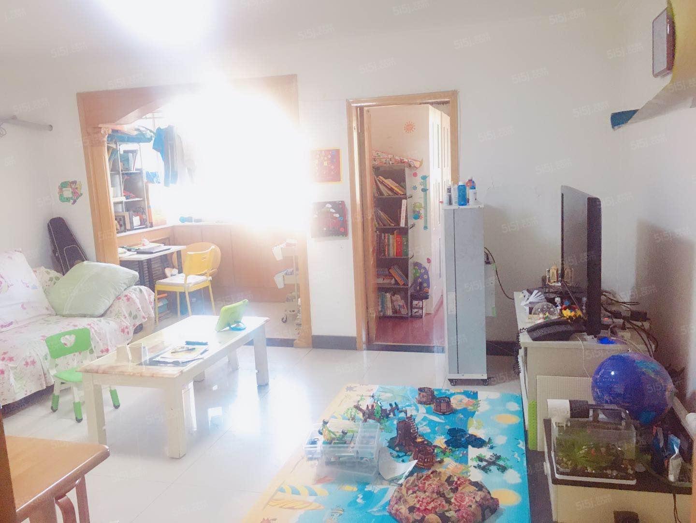 东升科技园 宝盛北里精装大二居室家具齐全 拎包入住 环境优美